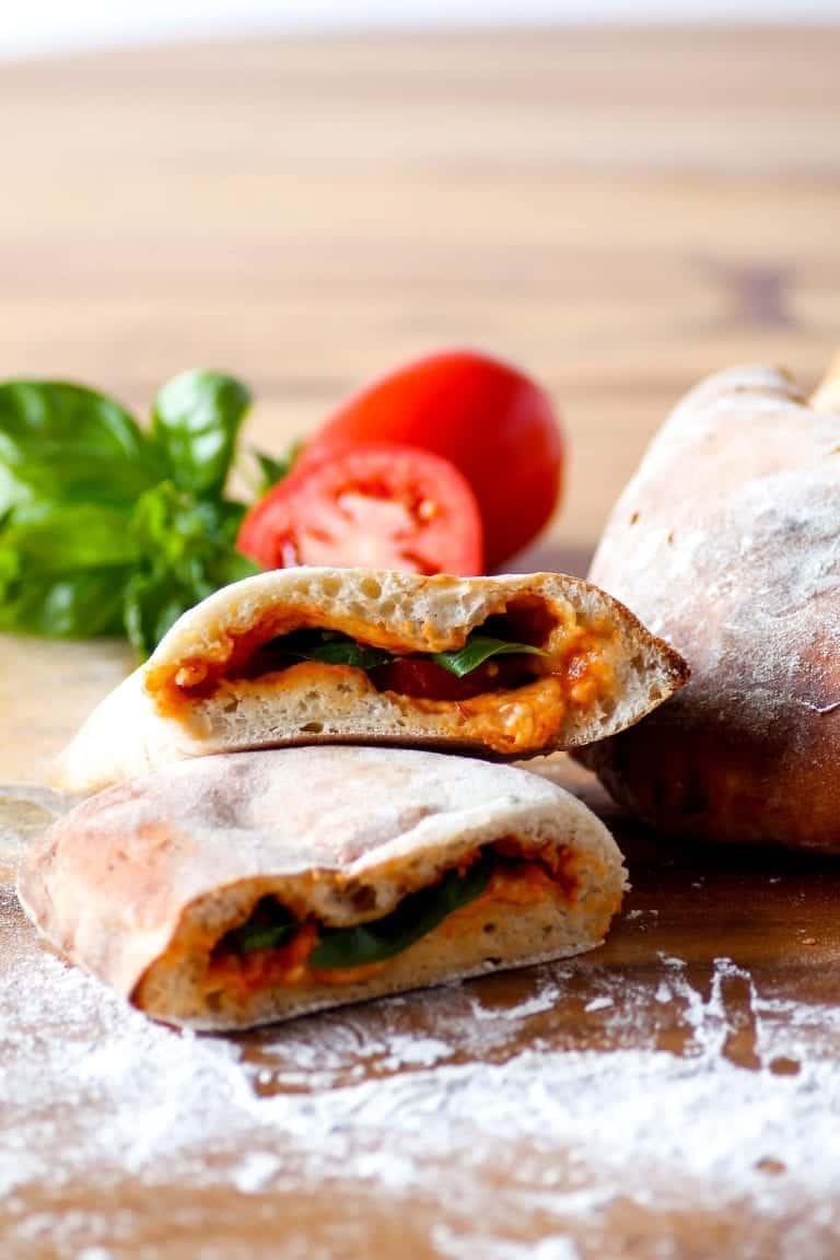 Galzones aux Tomates et Fromage